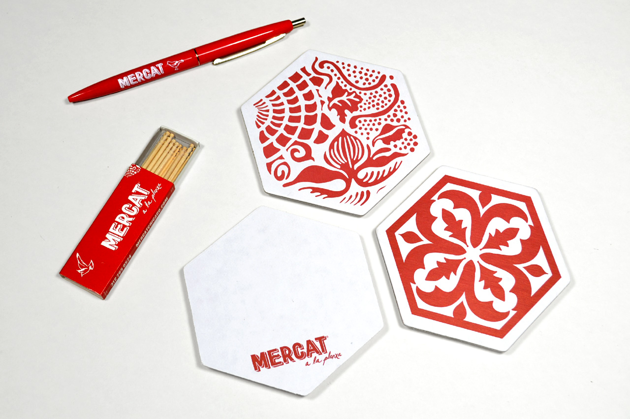 4.mercat-chicago-coaster-toothpicks-pen-promo-products-bird-restaurant
